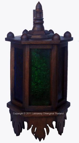 โคมไฟติดผนังไม้สัก หกเหลี่ยมกระจกสี